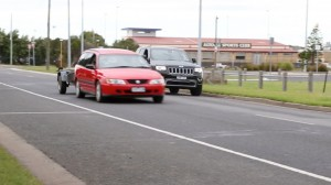 Overtaking-towing-trailer-with-Trailer-Guides